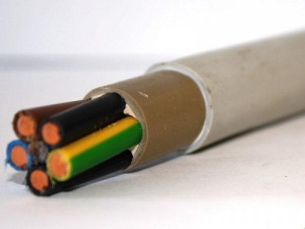 Для скрытой проводки используется кабель NYM