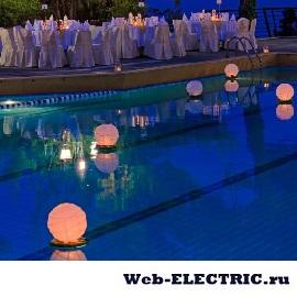Освещение в бассейне фото