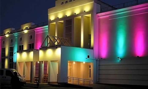 Цветная подсветка фасада