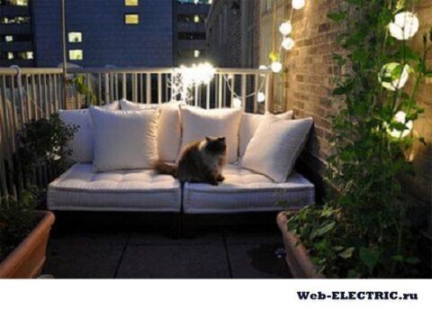 Как провести свет на балконе самому