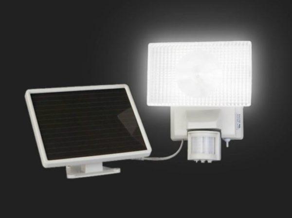 автономные прожекторы на солнечных батареях