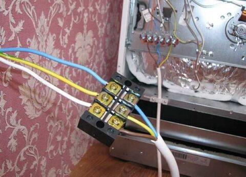 Подключение шкафа к электричеству