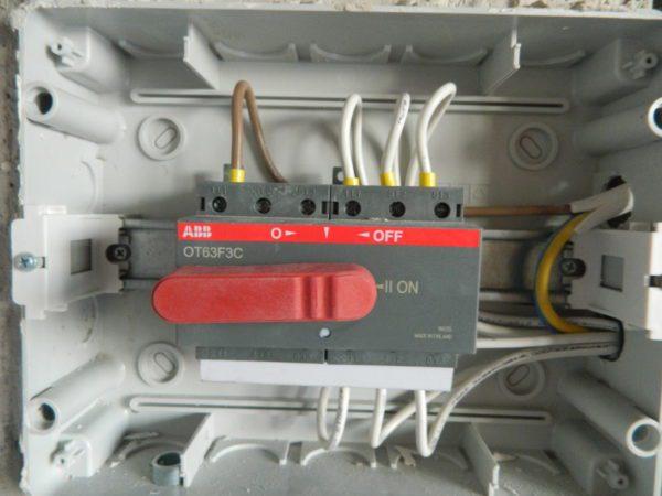 рубильник для генератора